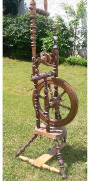 Altes Spinnrad von 1812