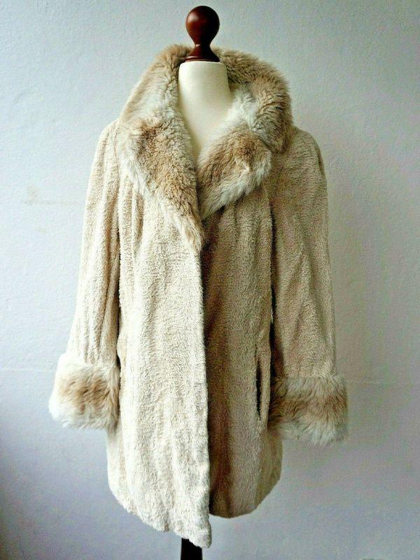 Fake Fur Mantel Gr 36