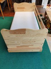 Baby- Kinderbett 140x70 cm