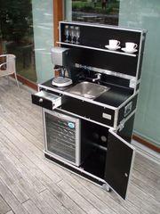 Vermietung mobile Küche Messeküche Kofferküche
