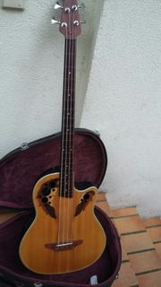 ovation Bass frettles mit Koffer