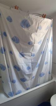 Duschvorhang mit Duschspinne