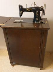 Antike Pfaff Nähmaschine 30 versenkbar