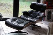 CHARLES EAMES LOUNGE CHAIR Hocker