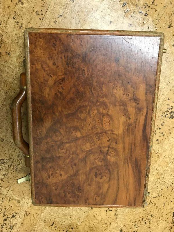 Aktenkoffer aus Holz