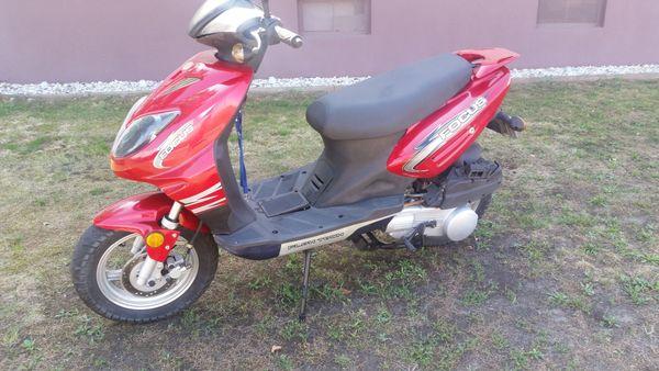 Roller 125ccm 1700km