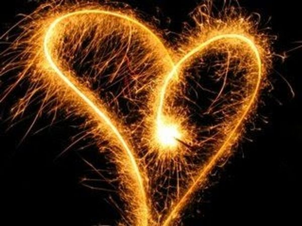 Hellfühlendes Kartenlegen Spirituelle Lebensberatung