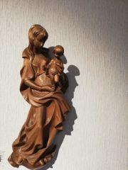 Holzschnitzerei Maria und Jesuskind
