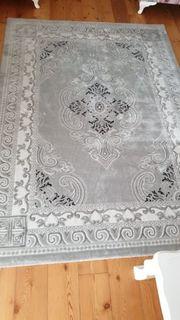 2 teppiche