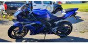 Motorrad Yamaha R1