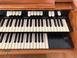 Tasteninstrumente - Hammond M100