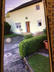 Haus mit großzügigen Umblicken Renovierungsarbeiten