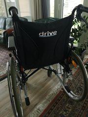 Rollstuhl Marke Drive