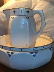 Waschlavior Keramik Schüssel und Krug