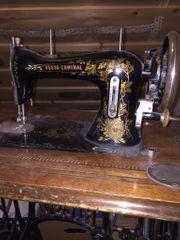Antike Nähmaschine