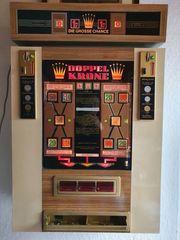 Geldspielautomat Doppelkrone 60er Jahre läuft