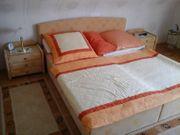 Doppelbett - Matratzen - Nachttische