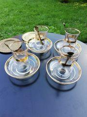 Türkische Teegläser