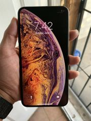 iPhone XS max 64go