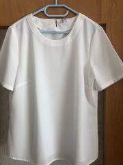 Schlichte weiße Bluse - kurze Ärmel