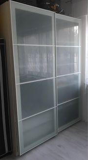 Kleiderschrank weiß Glastüren