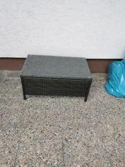 Rattan Tisch