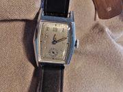 Funktionstüchtige Art Deco Damen Armbanduhr
