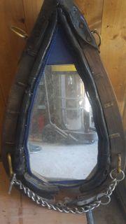 Verkaufe Pferdekummert mit Spiegel
