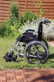 Ultraleichter Rollstuhl Karma Ergo Lite
