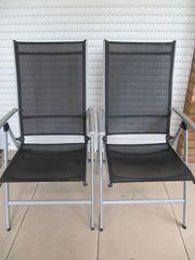 2 neuwertige Hochlehner Balkon- Terrassenstühle