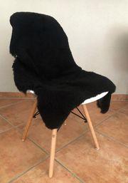 Esstischstühle mit Fell