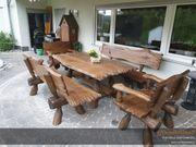 Massive Gartengarnitur rustikale Gartenmöbel urige