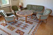 Tisch Couch Sessel