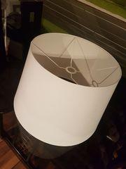 2 Neuwertige weiße Lampenschirme Jära