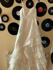 Hochzeitskleid von apart