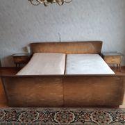 Schlafzimmerschrank Bett Nachttisch lackiert aus