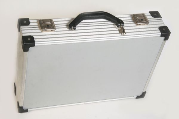 Alukoffer-Fototasche-koffer-Aktenkoffer 45x32x11 abschließbar