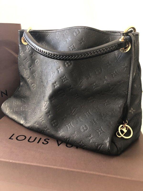 Artsy Louis Vuitton