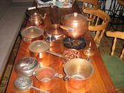 Dekogegenstände aus Zinn und Kupfer