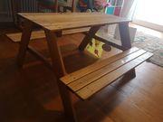 Kindertisch mit Sitzbank
