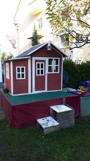 Sehr schönes Outdoor-Holz-Spielhaus NP 629
