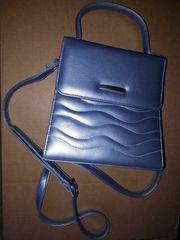 Tasche hellblau metallic Griff u