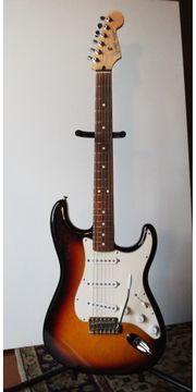 FENDER Mexico Std Stratocaster FENDER