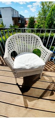 Korb- Ratan-Sessel in weiß