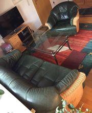 Couchgarnitur mit Couchtisch zu verkaufen