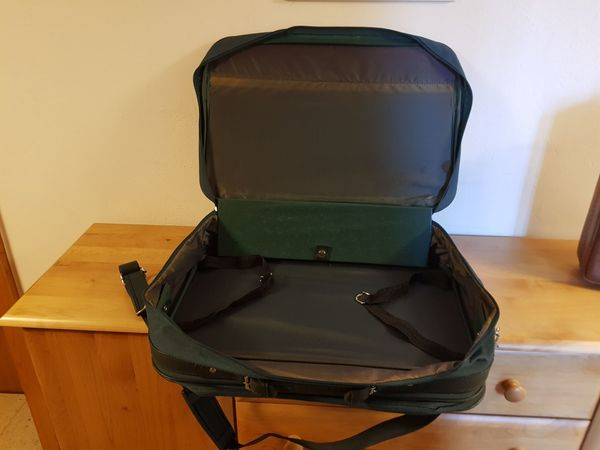 Handkoffer grün