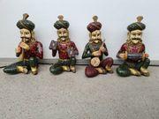 4 Antike orientalische Musikanten 45