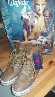 Buffalo Schuhe Gr 39