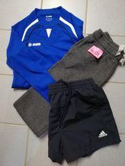 Sportbekleidung in Größe 128