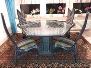 echt Rattan-Esstischgruppe m 4 Stühlen